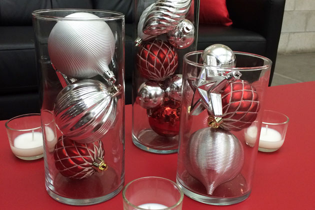 Decorate Your Office With Festive Holiday Decor