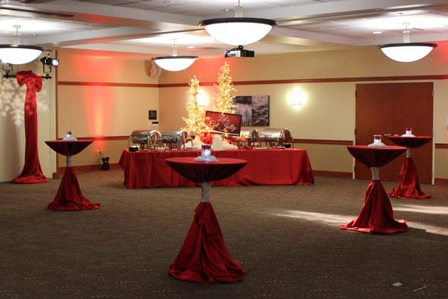Host a Holiday Party at Work Chicago