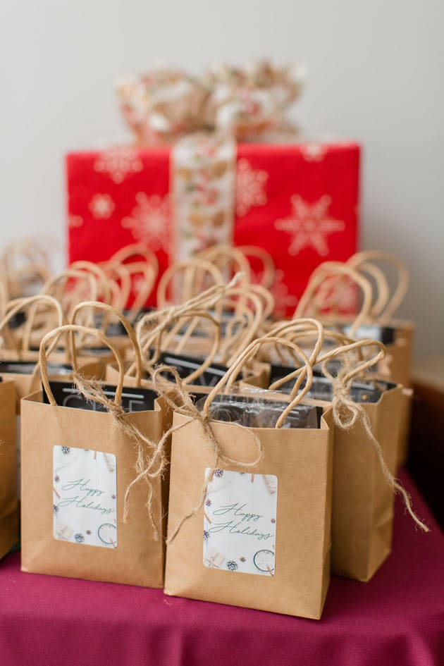 Holiday Party Favors to Give to All Guests