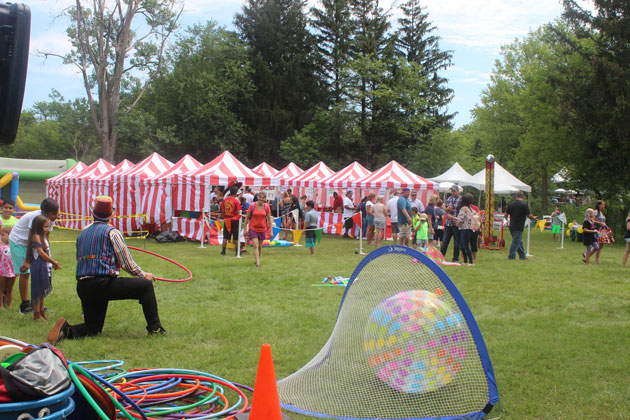 Chicago Picnic Food and Entertainment: Circus-Themed Fun