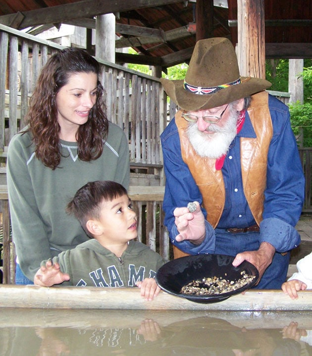 Gold Panning and Activities at Wild West Town