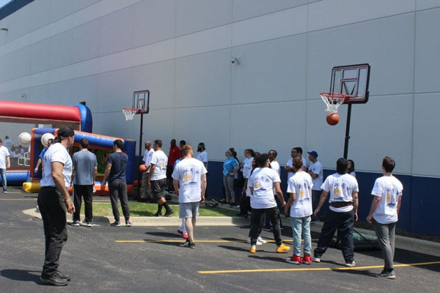 Fun Picnic Games and Activities Basketball Competition