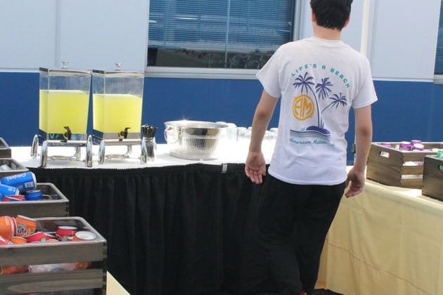 Fresh Lemonade and Drinks at Hot Outdoor Picnic