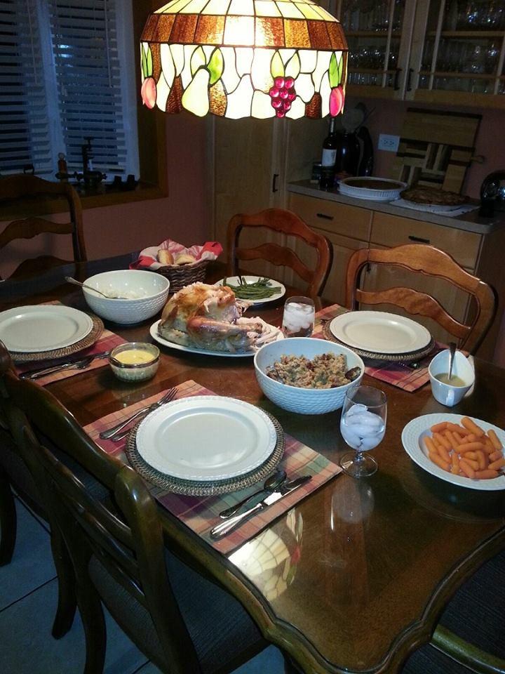 Linnea thanksgiving dinner