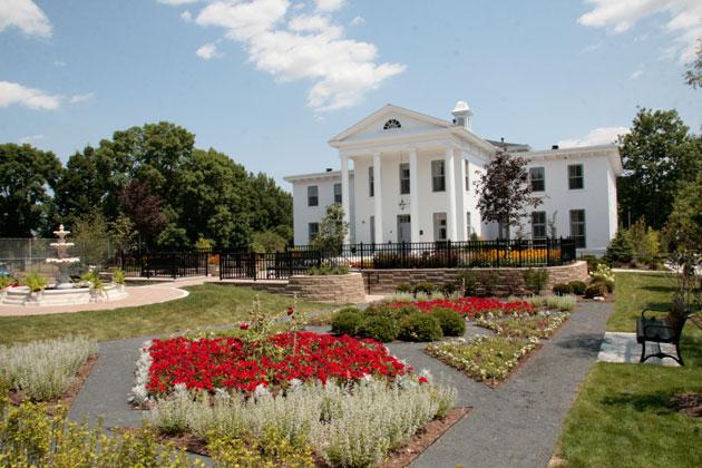 Wilder Mansion Hosts Holiday Parties