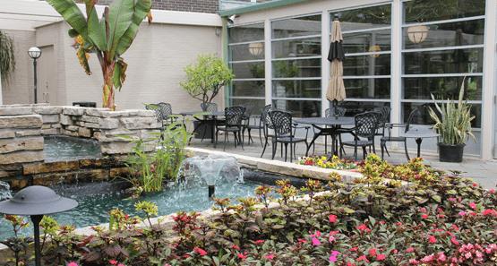 Friendship Park Conservatory | Des Plaines, IL Picnic Venue